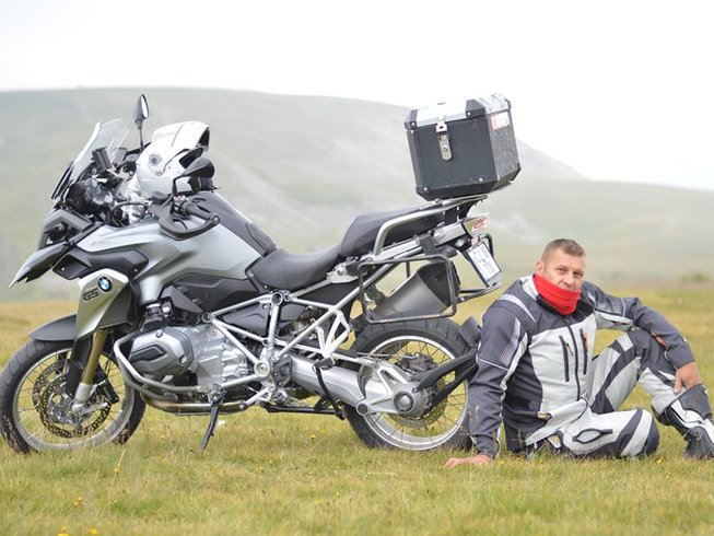 16 Days BMW F800GS Motorbike Tour China