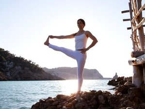 8 Tage Achtsamkeit, Yoga und Pilates Urlaub auf Ibiza, Spanien
