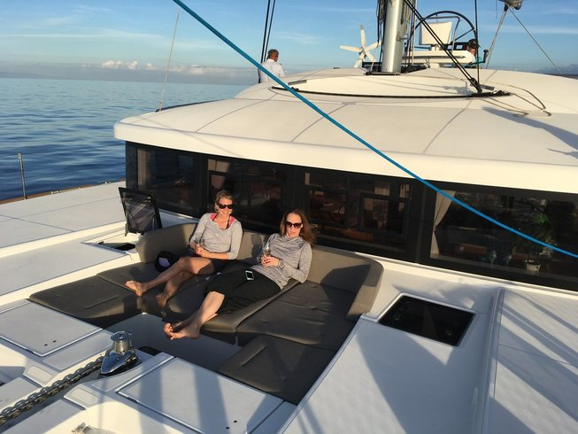 8-Daagse Catamaran Zeilcruise en Yoga Retraite op de Eolische Eilanden, Italië