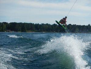 7 Days Wakeboarding, Waterskiing, and Wakesurfing Camp in Ontario, Canada