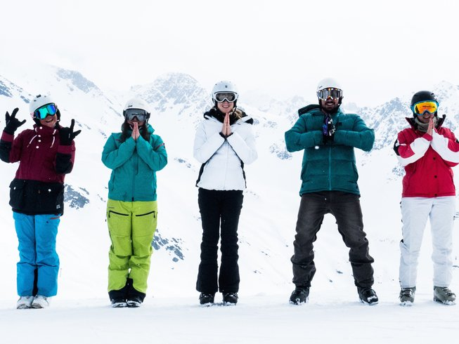 8 Days New Year Detox, Skiing and Yoga Retreat in France