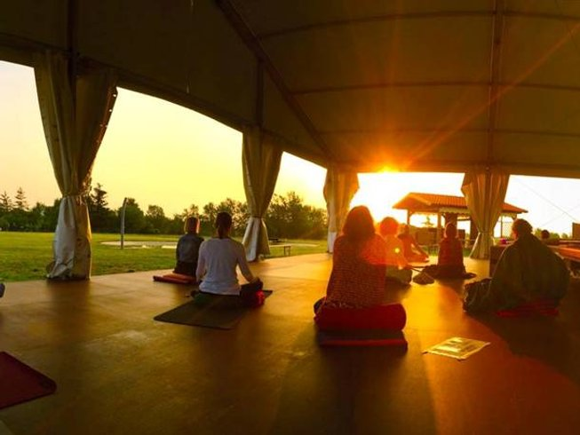 7 Days Detox Yoga Retreat for Body and Mind in Italy