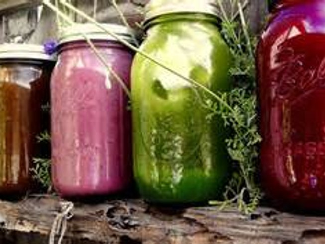 6 Days Juice Cleanse and Restorative Yoga Retreat in USA