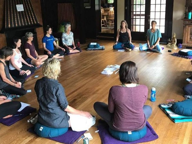 8 días retiro de yoga y meditación para mujeres en Ko Samui, Tailandia