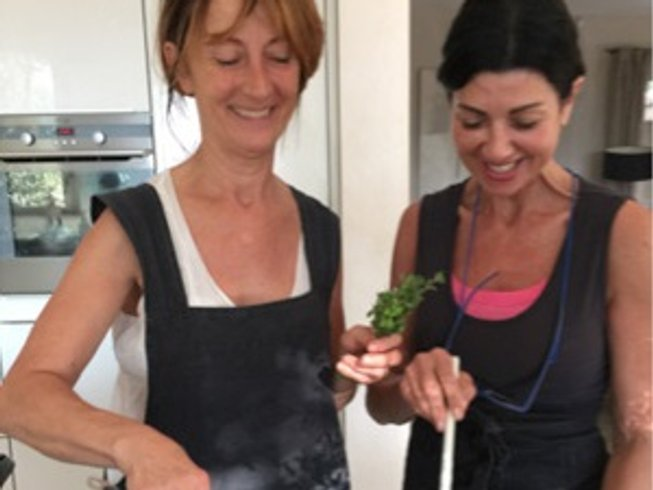 7 Days Cooking Holidays in Provence, France