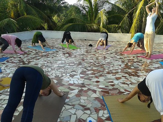 28 Days 500-Hour Yoga Teacher Training in India