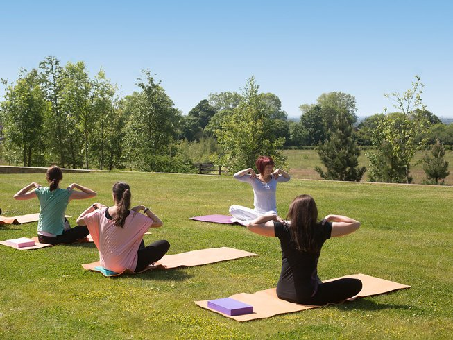 6 Days Be Healthily Happy and Yoga Retreat in UK