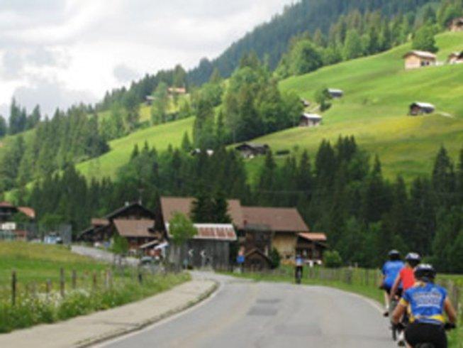 6 Days Tasting and Biking Tours in Switzerland