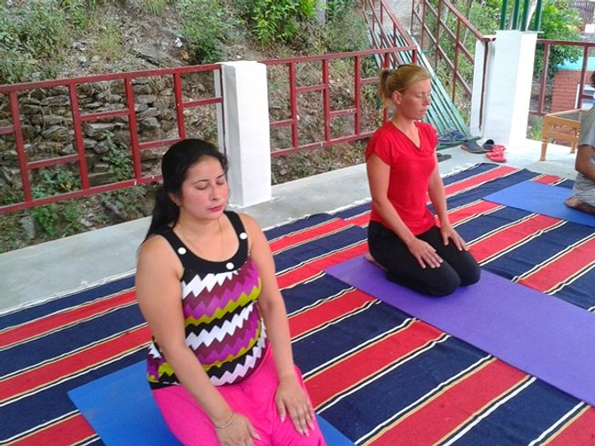 7 Days Yoga and Ayurveda Detox Retreat in Rishikesh