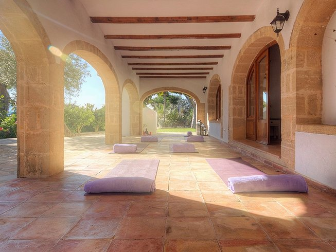 6 Days Yoga and Detox Retreat in Spain