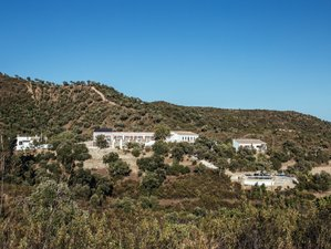 8 Days Mind, Movement, and Fuel Meditation and Yoga Holiday in Corgas Bravas, Portugal