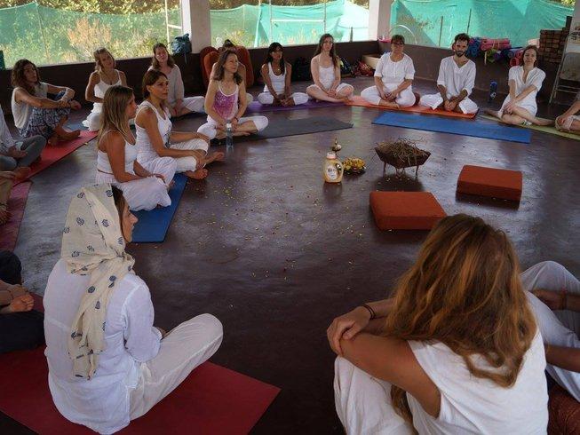 25 días profesorado de yoga estilo múltiple de 200 horas en Goa, India