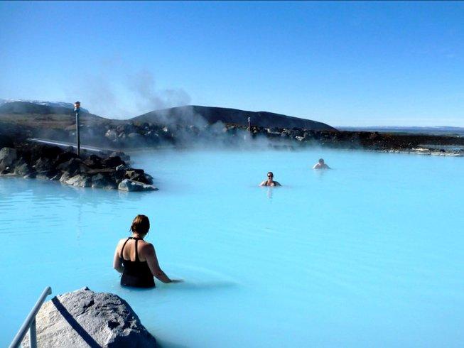 8 días retiro de yoga y caminatas en Akuyeri, Islandia