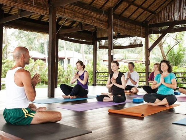 8 Days De-Stress, Meditation and Yoga Retreat in Koh Samui, Thailand