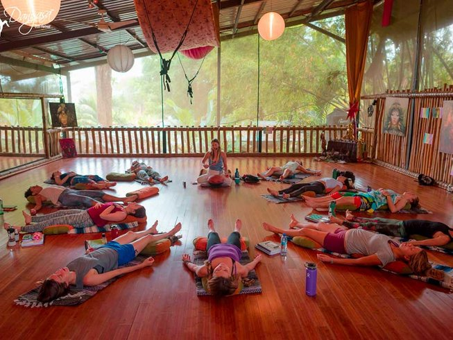 8 Days Full Moon Goddess Yoga Retreat in Dominical, Costa Rica