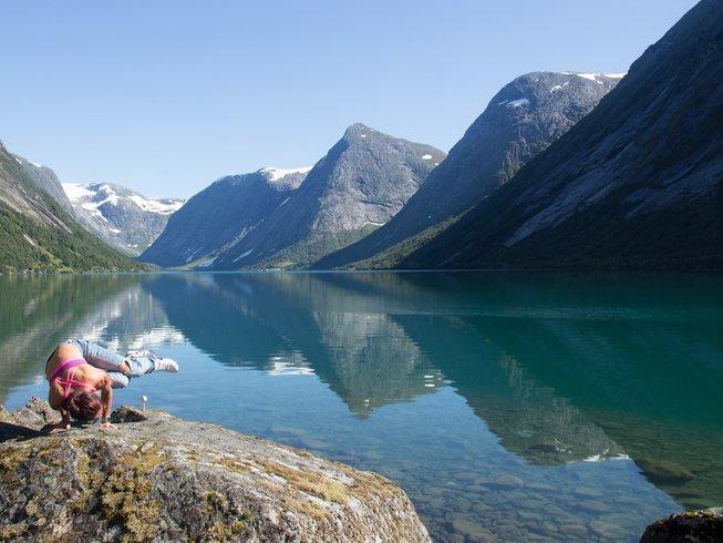 7-Daagse Hike en Yoga Retraite in Molde, Noorwegen