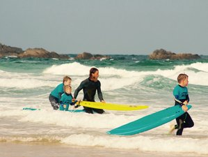 5 Days Family Climb and Surf Camp in Praia da Luz, Portugal