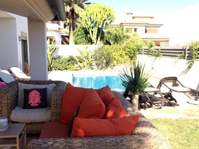 8 Days Yoga, Pilates, and Surf Retreat in Fuerteventura, Spain