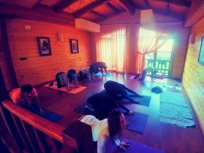7 Days Meditation and Yoga Retreat along the Camino de Santiago, Spain