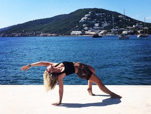 8 Days Rejuvenating Yoga Retreat in India