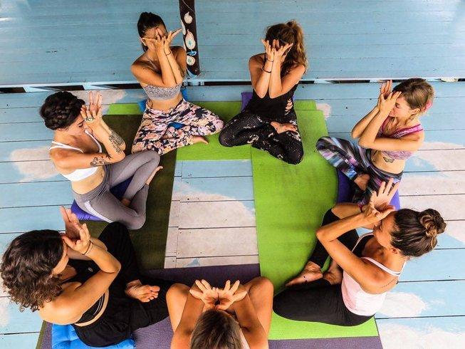 8 jours en stage de yoga au nouvel an, méditation et detox à Koh Phangan, Thaïlande