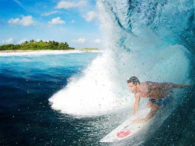 7 Days Surf Camp in Maldives