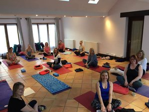 3 Days Yoga and Meditation Retreat in UK