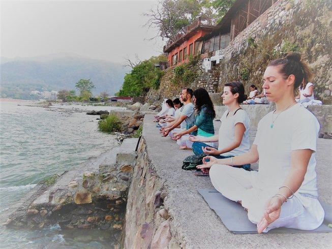 yoga course rishikesh