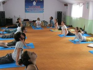 26 Day 200-Hour Growth and Transformational Yoga Teacher Training in Rishikesh