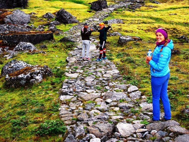 6 Days Yoga Hiking, Trekking, in Kathmandu Valley, Nepal