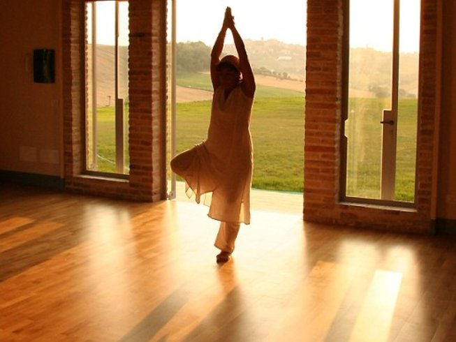 8 Days Yoga and Cooking Holiday in Italy