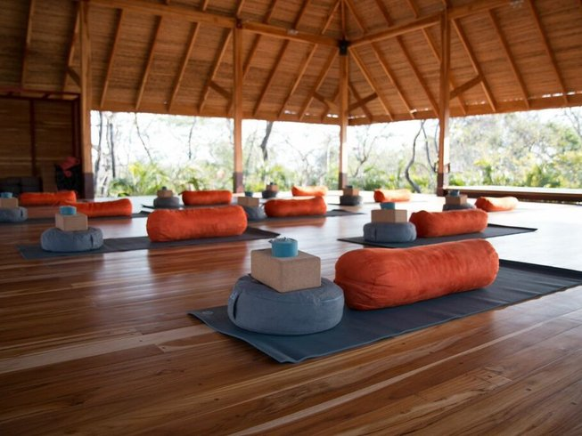 8 Days Luxury Meditation and Yoga Retreat in Costa Rica