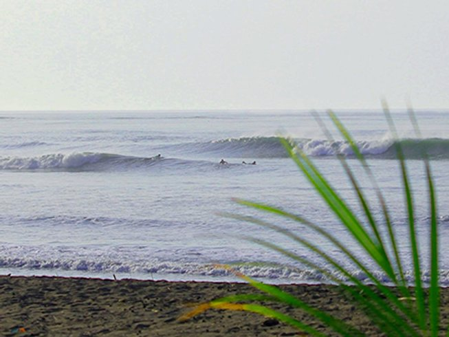 6 Days Guanico Panama Surf Camp
