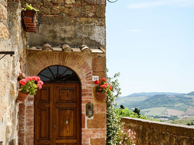 7 Days Cycling and Yoga Retreat in Tuscany, Italy