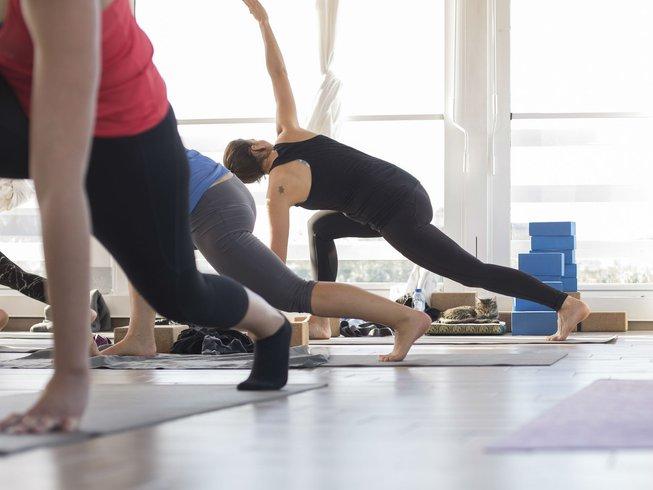 8 días de vacaciones de yoga, SUP y meditación en Ragusa, Italia