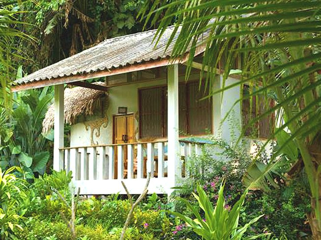 4 Days Mini Yoga Retreat in Changwat Chumphon, Thailand