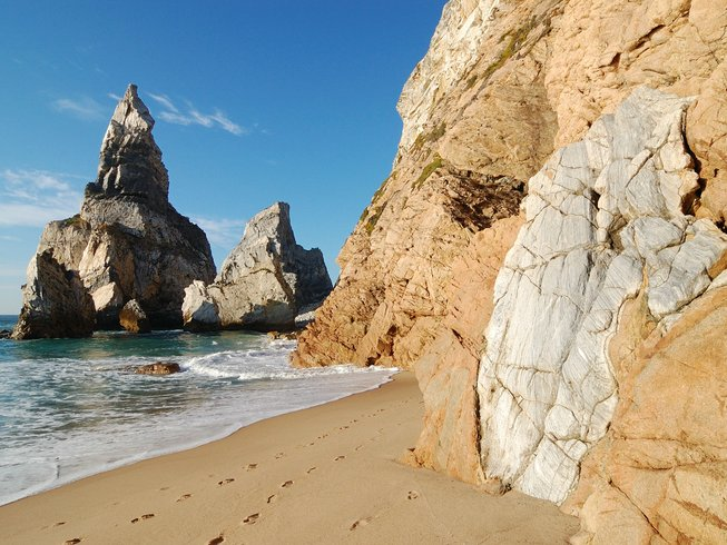 5 Days Budget Climbing and Yoga Retreats in Colares, Portugal