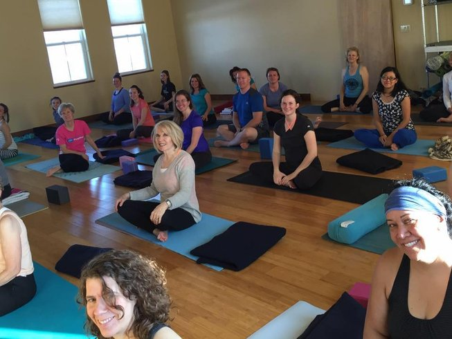 4 Days Refreshing Zion Yoga Retreat Utah, USA