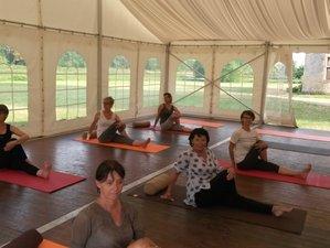 2 jours en week-end yoga et méditation dans un château en Pays de Loire, France