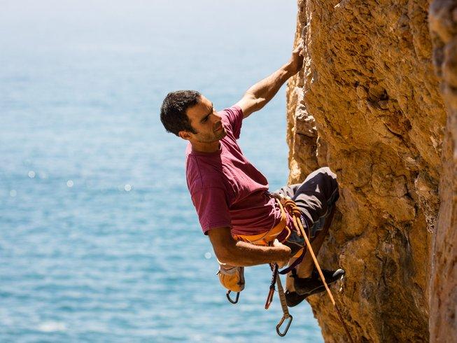 8 Tage Günstiger Kletter und Yoga Urlaub in Colares, Portugal