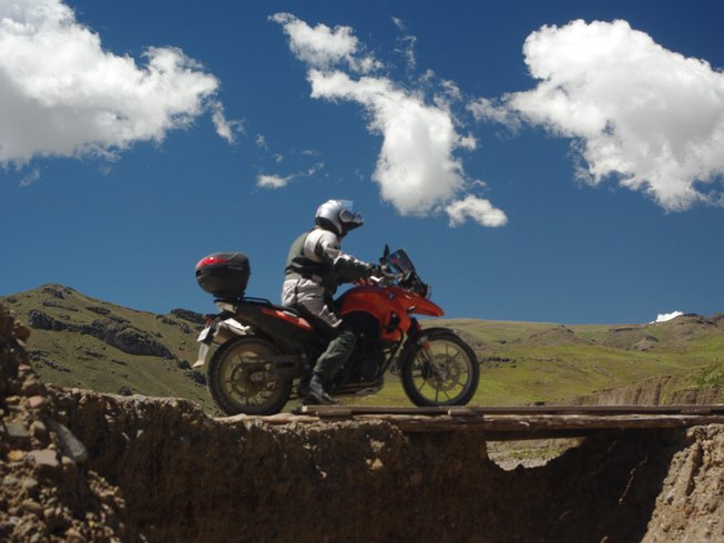 18 Days Guided Motorcycle Tour in Peru