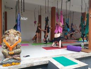 24 días de profesorado de yoga multiestilo y de autodesarrollo de 200 horas en Ubud, Bali