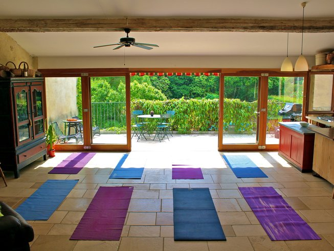 6 Days Detox and Yoga Retreat in France