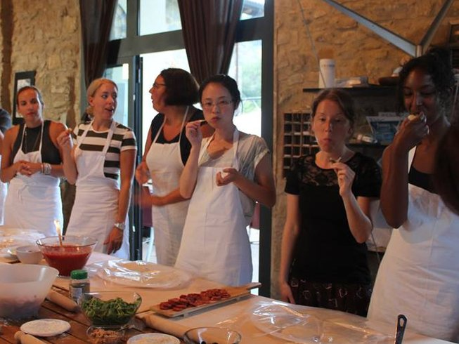 8 Days Taste of Italy Cooking Holidays in Appenine