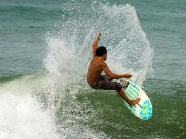 3 Days Short Break Surf and Yoga Retreat in Costa Rica