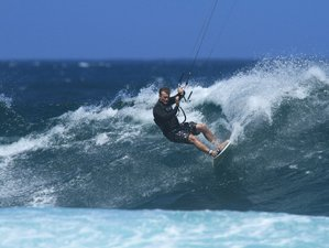 8 Days Kitesurfing and Yoga Camp in Corralejo, Spain