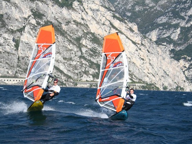 7 Days Fantastic Windsurfing Surf Camp Italy