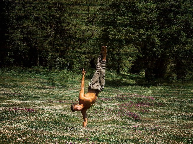 20 Days Intensive 200-hour Yoga Teacher Training Italy