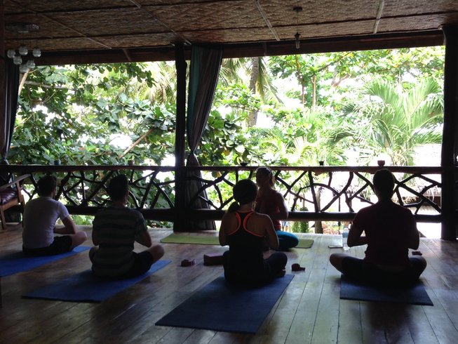 6 Days PADI Certification and Yoga in Philippines