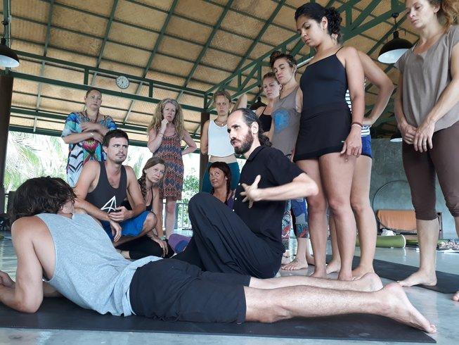 8 Tage 50-Stunden Osteopathie und Yogalehrer Ausbildung auf Sizilien, Italien
